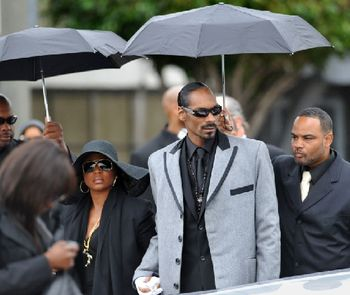 Snoop Dogg and Wife at Nate Dogg's Funeral(Jeff Gritchen / Press-Telegram)